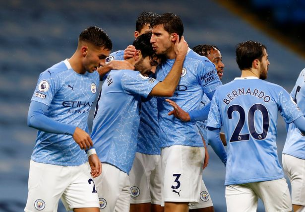 รูปภาพนี้มี Alt แอตทริบิวต์เป็นค่าว่าง ชื่อไฟล์คือ Manchester-City.jpg